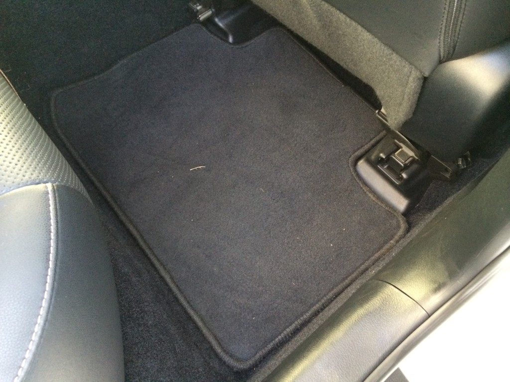 Lexus IS Floor Mats Carpet Passenger Rear